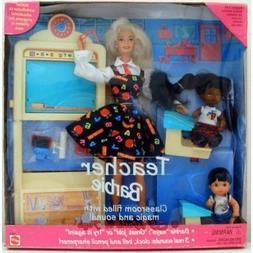 1995 TEACHER BARBIE AND CLASS ROOM WITH KIDS NEW IN BOX MATT