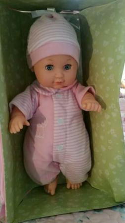 Toysmith 98229 Baby Ensemble Doll Playset