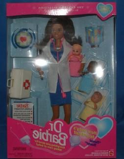 """Barbie Dr. Barbie """"Hear baby's Heartbeat"""" Career Collection"""
