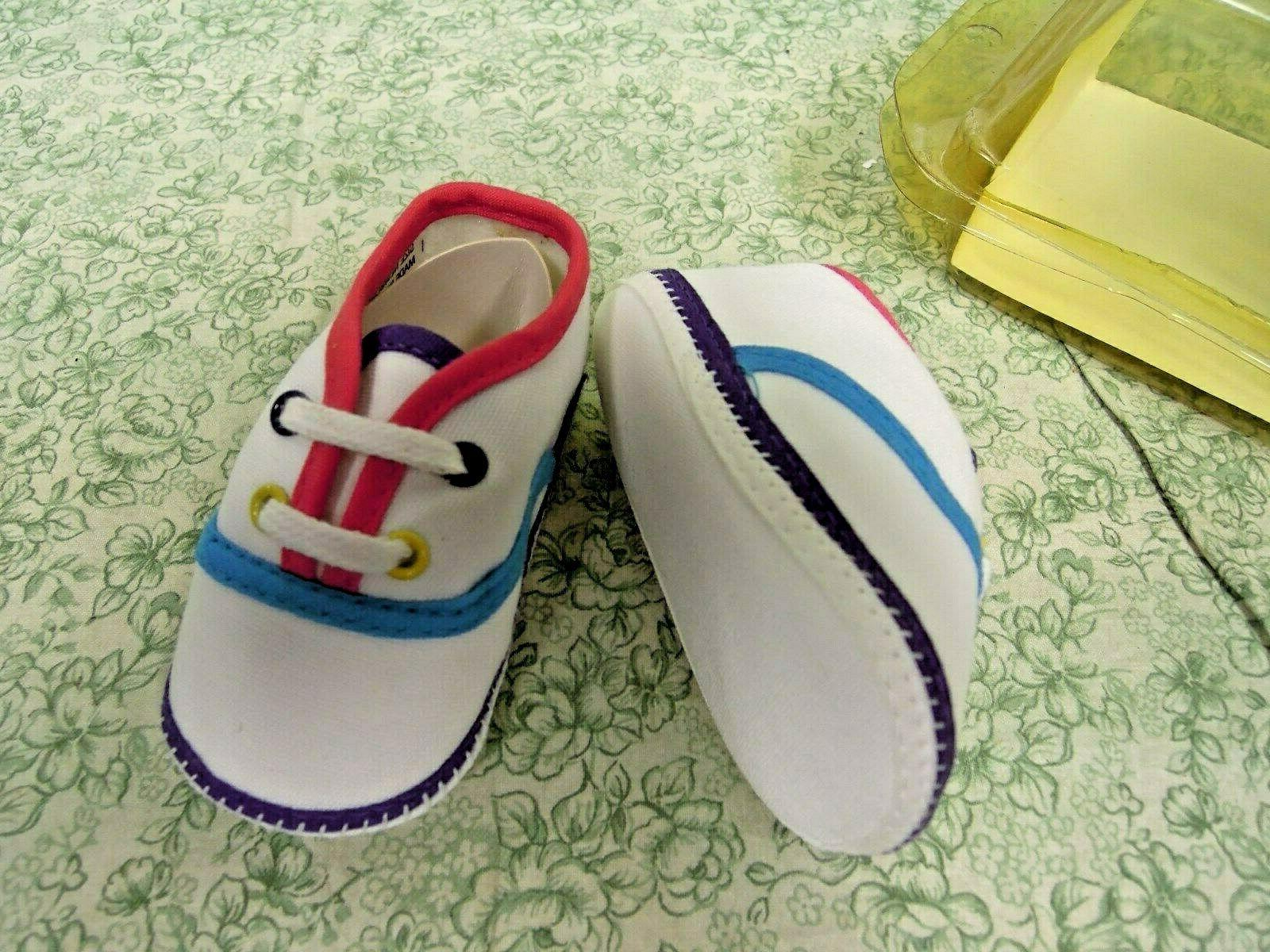 cp-1408 DOLL 'New born' sneaker shoes NB; new