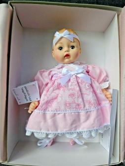 NIB Madame Alexander Baby's First Birthday Huggable Huggums