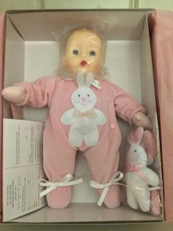 Madame Alexander Pink Bunny Huggums 28960 MIB Retired Pink s